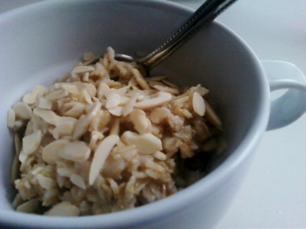 Almonds__oatmeal